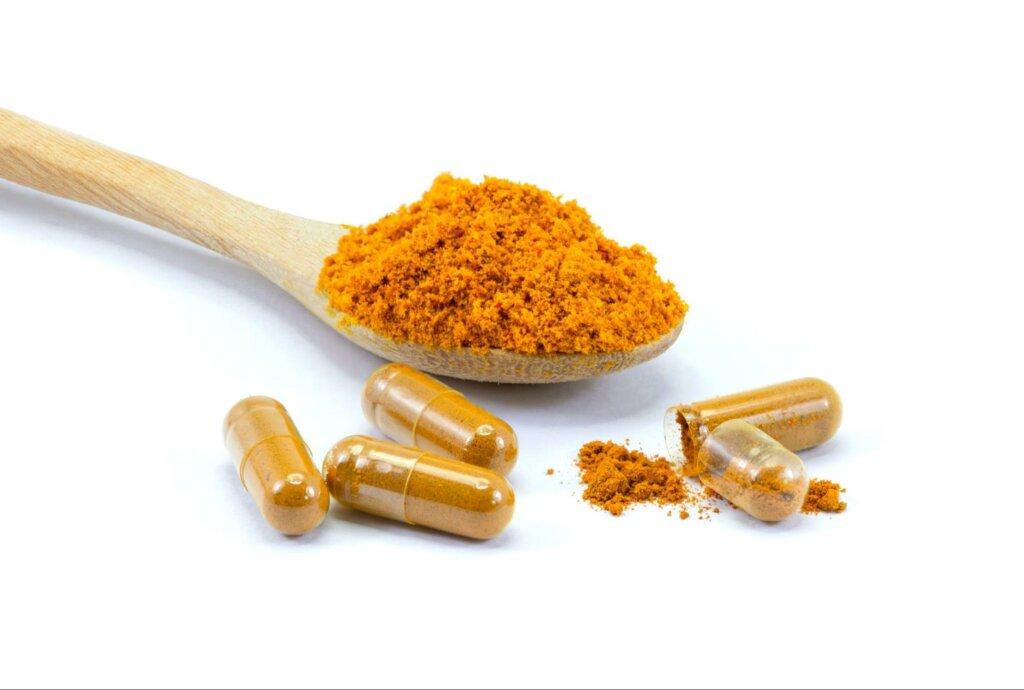 薑黃粉吃法教學:一天該吃多少薑黃粉?